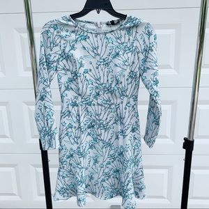 Banana Republic bamboo long sleeve flutter dress